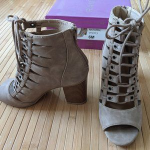 Peep Toe Lace Up Chunky Heels